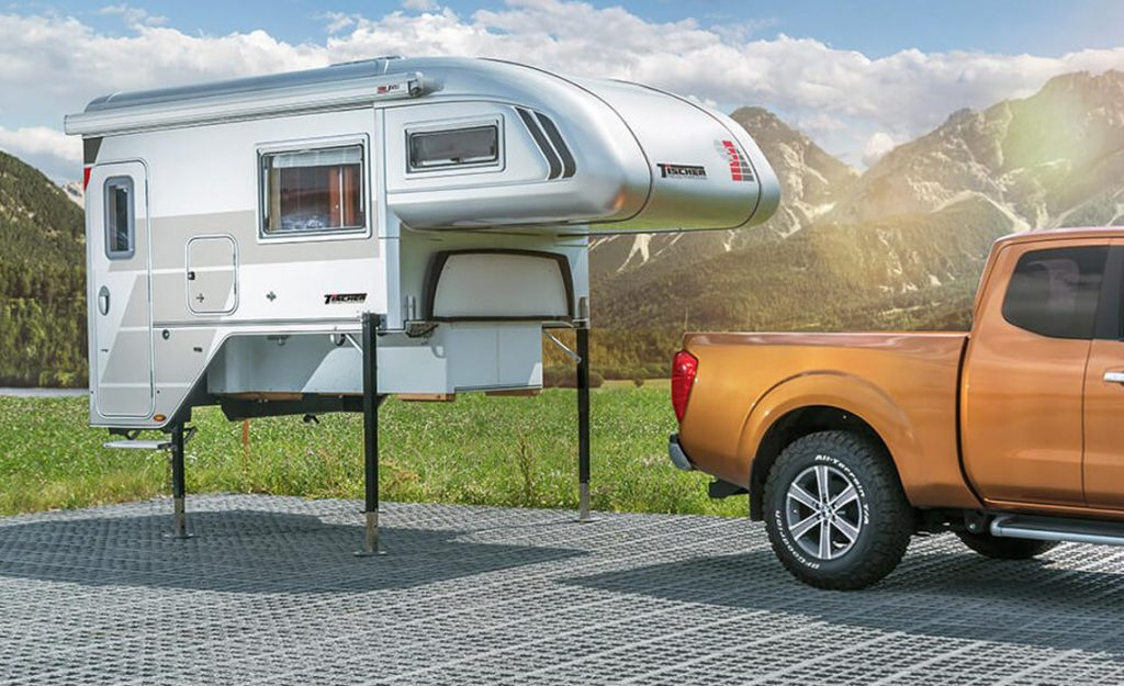 pick up camper unit