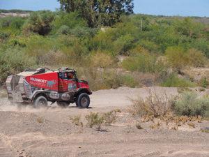 Mammoet truck in actie bij Dakar Rally