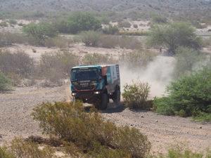 Team de Rooy in actie in Dakar Rally 2016