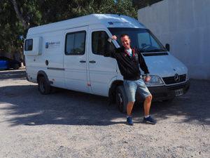 Robin Nijkamp met camper op reis in Argentinie