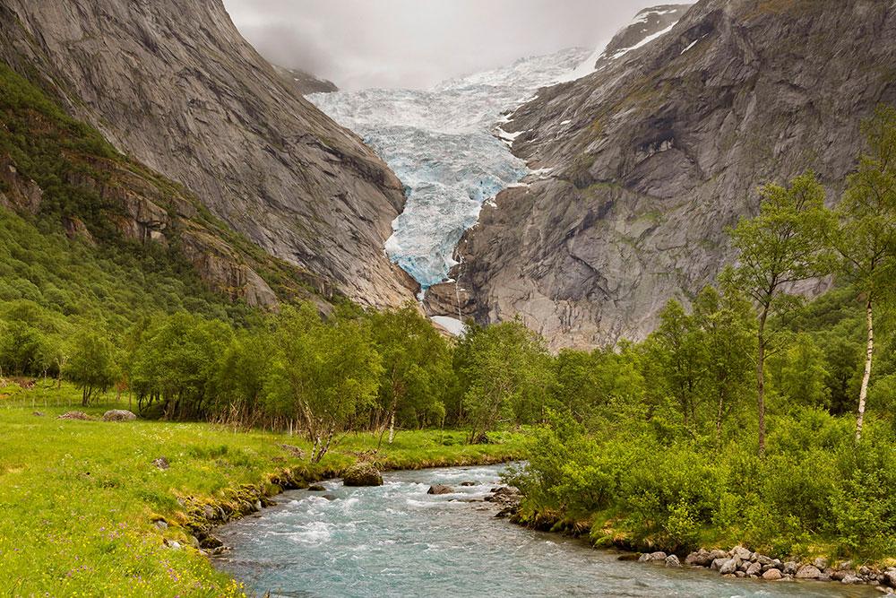 Camperreis Noorwegen Briksdal gletsjer