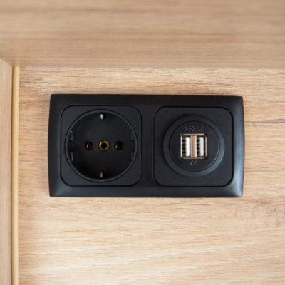 Stopcontacten en USB aansluitingen in camper