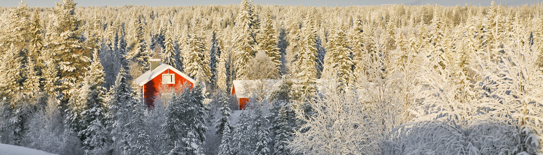 Lapland_Expedition-Far-East-kerkhof-in-de-sneeuw