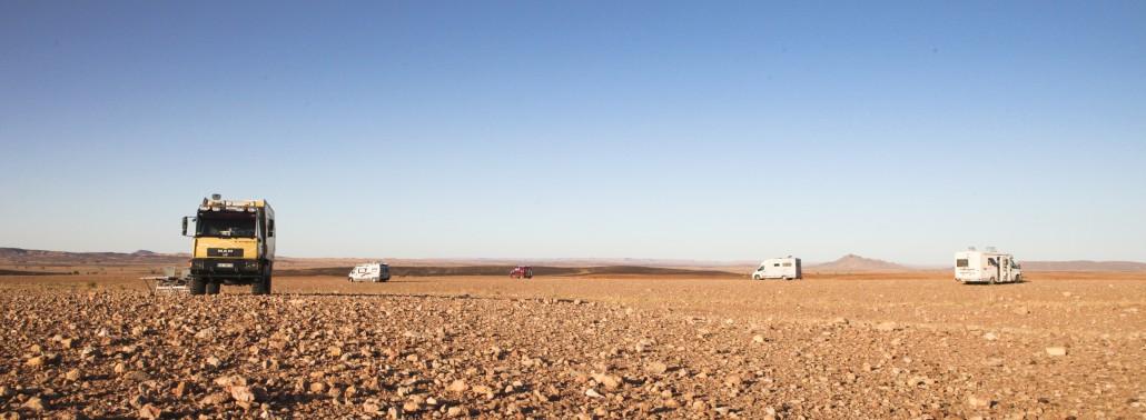 Woestijn-in-Marokko-doorkruizen-met-camper