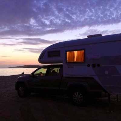 Kamperen op het strand met een Special Camper